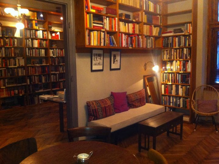 massolit-librairie-cracovie